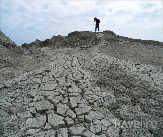 Гобустан. Грязевые вулканы / Азербайджан