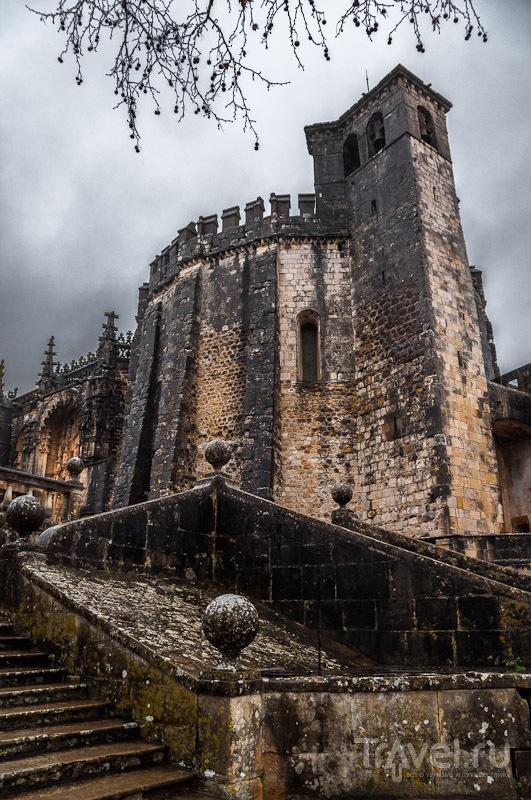 Томар - последний оплот тамплиеров в Европе / Фото из Португалии