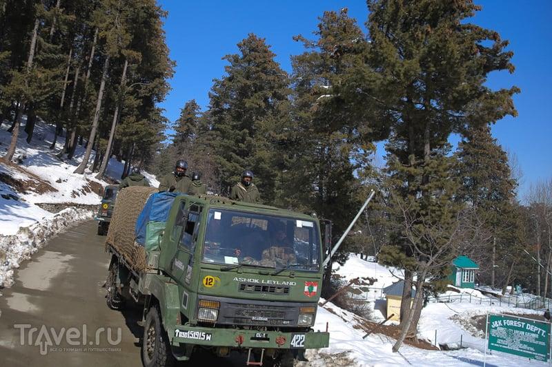 Кашмир. Дорога в заснеженный Гульмарг / Фото из Индии