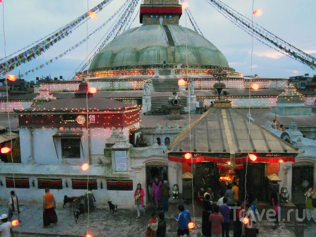 Катманду (район Буданат) для чайников / Непал