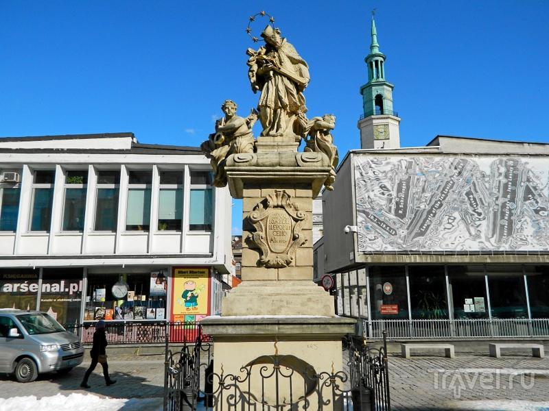 Памятник святому Яну Непомуцкому в Познани, Польша / Фото из Польши