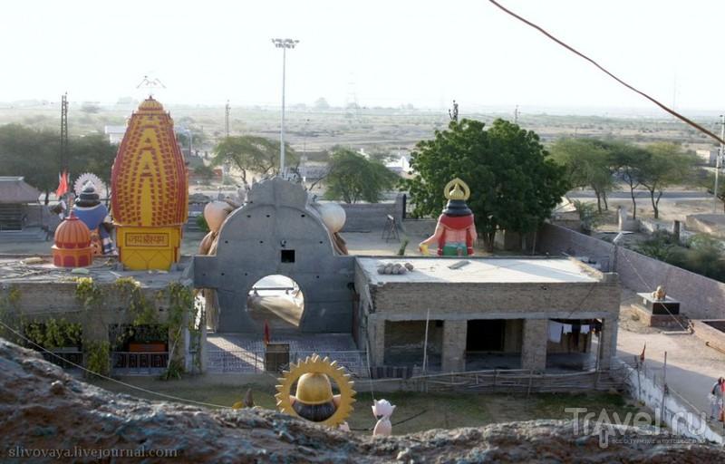 Индийский Disneyland или индуистский храм? / Индия