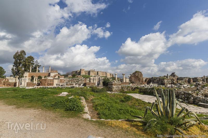 Руины базилики святого Иоанна Богослова, Турция / Фото из Турции