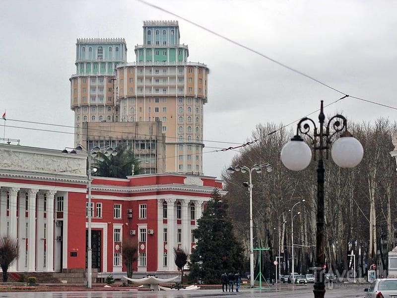 Здание парламента в Душанбе / Фото из Таджикистана