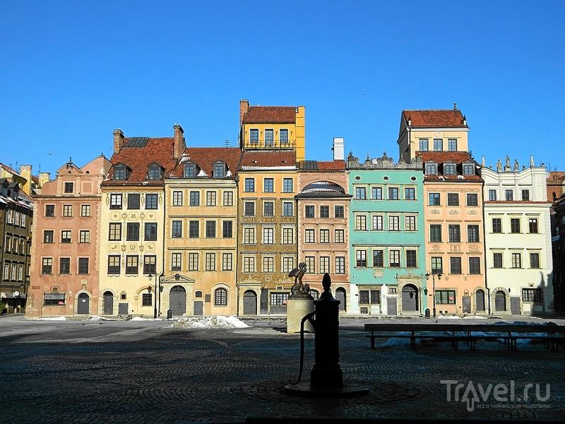 Рынок Старого города (Rynek Starego Miasta) в Варшаве, Польша / Фото из Польши