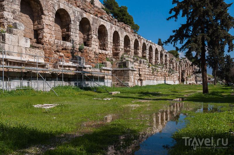 Стоа Эвмена в Афинах, Греция / Фото из Греции
