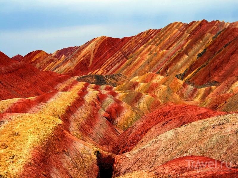 Геологический парк Данься: разноцветные холмы в Китае / Travel.ru ... | 600x800