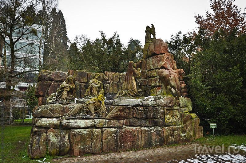 """Монумент """"на горе Еленойской"""" в Баден-Бадене, Германия / Фото из Германии"""