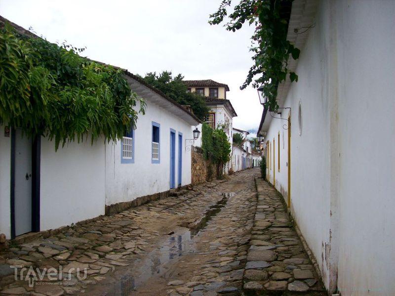 Парати - на полпути между Рио и Сан-Пауло / Бразилия