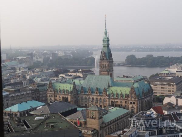 Воспоминания о летнем путешествии на машине: остановка Гамбург / Германия