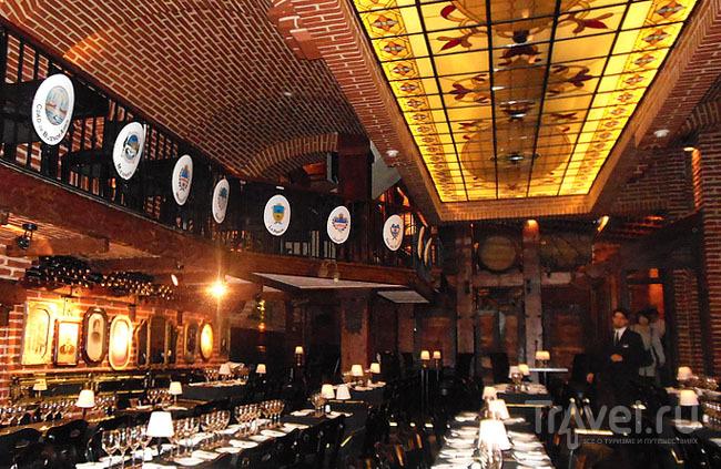 В ресторане La Ventana в Буэнос-Айресе, Аргентина / Фото из Аргентины
