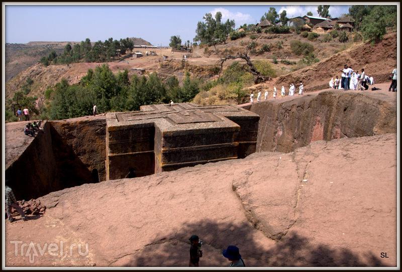 Храм Святого Георгия в Лалибеле / Фото из Эфиопии