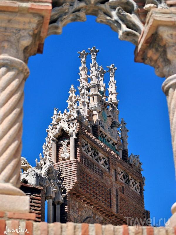 На территории замка Colomares построен мавзолей Колумба, Испания / Испания