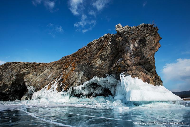 Остров Беленький на озере Байкал, Россия / Фото из России