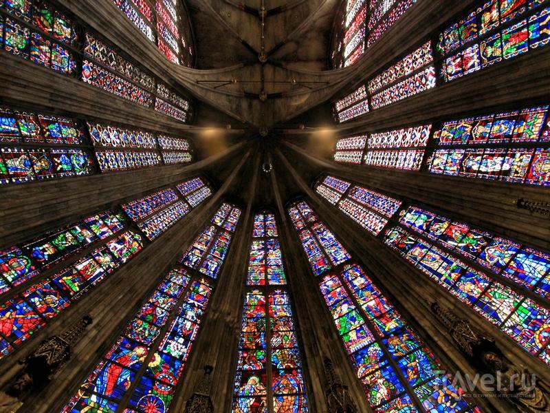За свою более чем тысячелетнюю историю храмовый комплекс не раз реставрировался, Германия / Германия