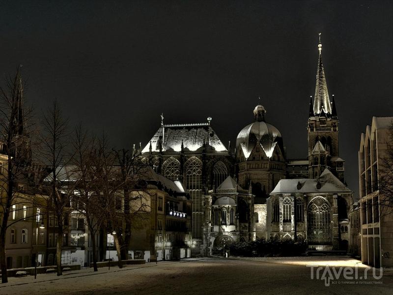 Монументальный религиозный комплекс был построен по заказу Карла Великого, Германия / Германия