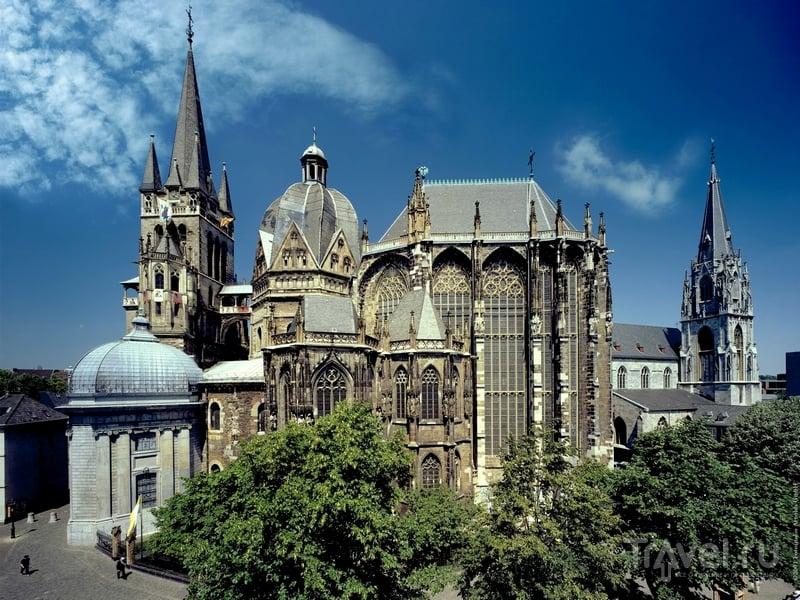 Ахенский собор расположен на границе Германии, Бельгии и Нидерландов / Германия