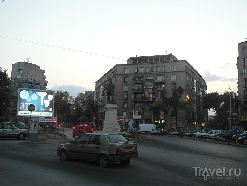 Бухарест: старый город и малые улицы центра / Румыния