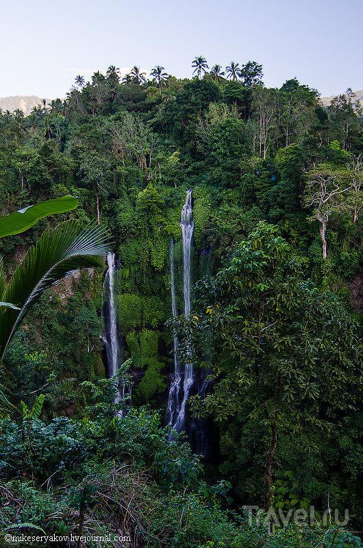 Sekumpul Waterfall на Бали, Индонезия / Фото из Индонезии