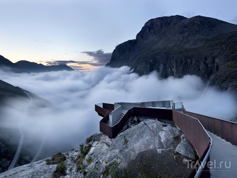 Дорога Trollstigen была открыта королем Хоконом VII в 1936 году, Норвегия / Норвегия