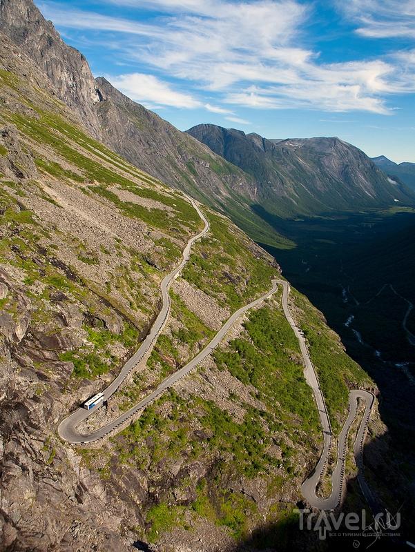 """""""Лестница троллей"""" - образец инженерного искусства в Норвегии / Норвегия"""