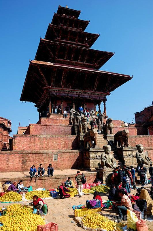 Сушка зерна в Бхактапуре / Фото из Непала