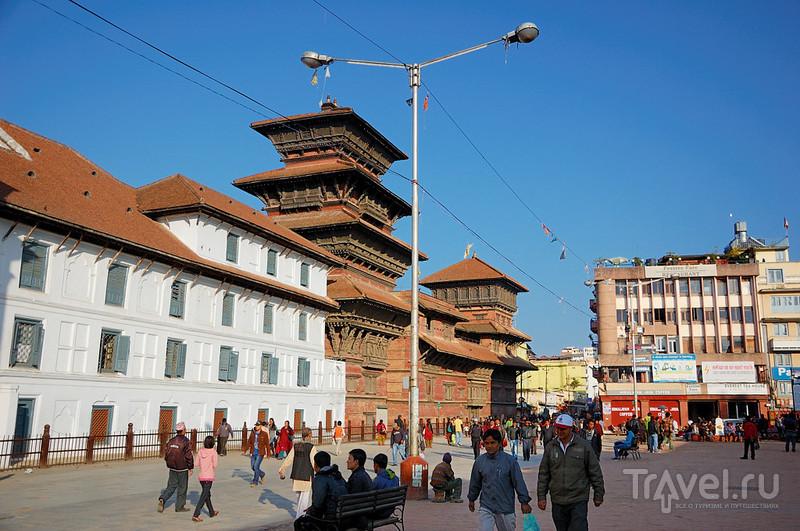 На площади Дурбар в Катманду, Непал / Фото из Непала
