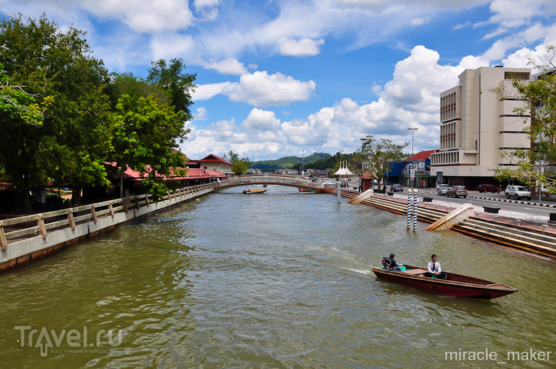 Река Сунгей-Бруней в Бандар-Сери-Бегаване, Бруней / Фото из Брунея