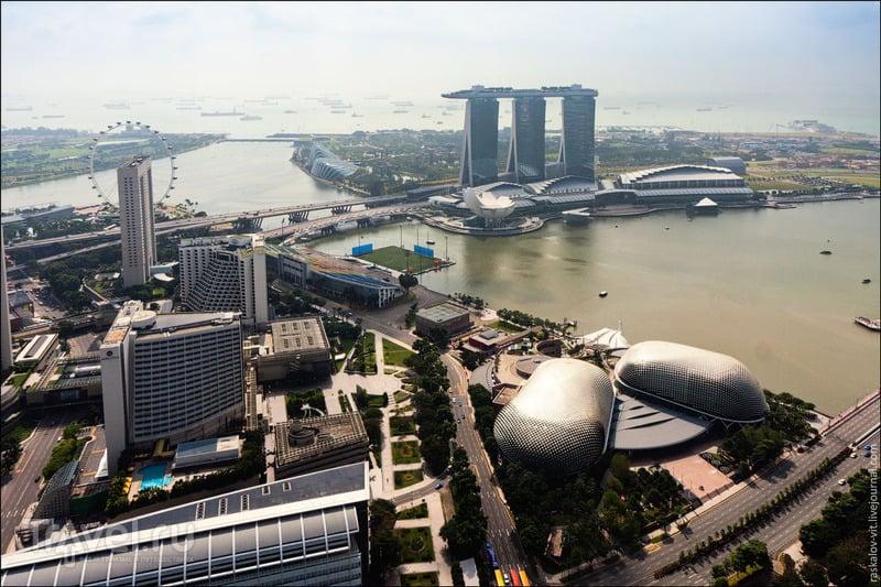 "Театр ""Эспланада"" и гостиница ""Марина-Бэй"", Сингапур / Фото из Сингапура"