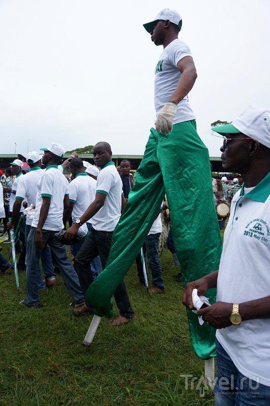 Праздник Труда в Стране Вечного Лета / Нигерия