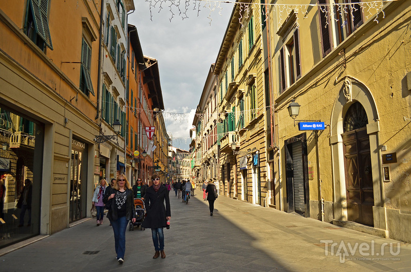 Улица Соrso Italia в Пизе, Италия / Фото из Италии