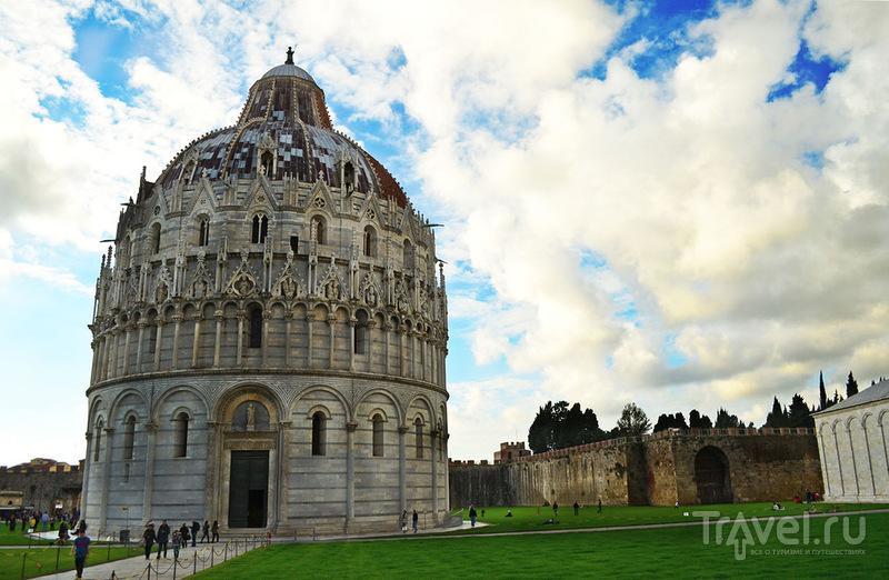 Баптистерий в Пизе, Италия / Фото из Италии