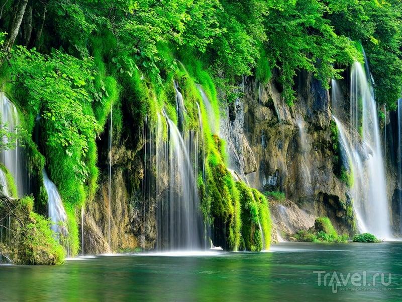 Туристические тропы парка проложены вдоль наиболее рельефных и колоритных ландшафтов / Хорватия
