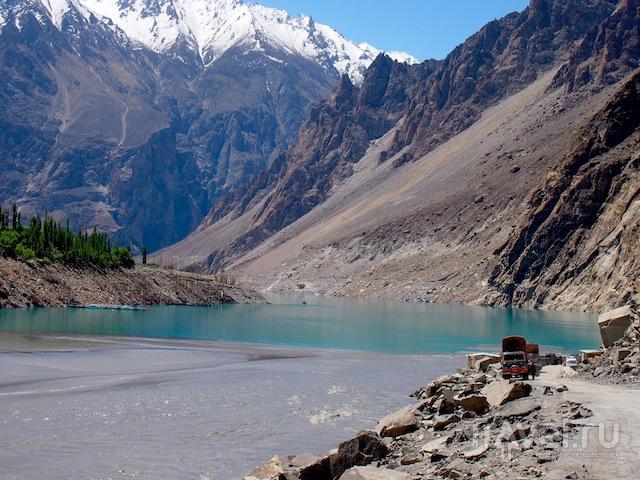 Озеро Аттабад, Пакистан / Фото из Пакистана