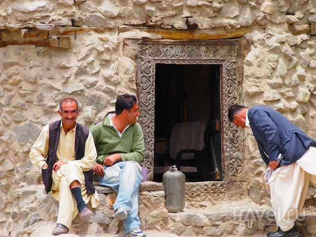 Каримабад: форт Балтит и местные жители / Фото из Пакистана