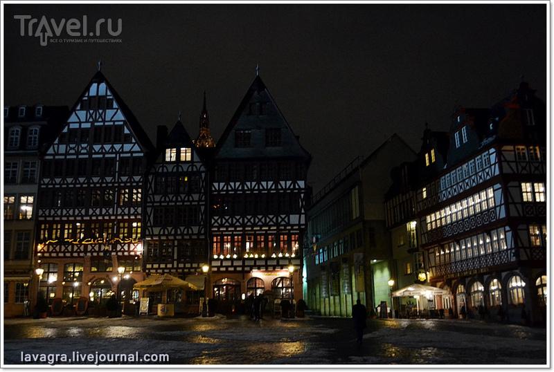 Ратушная площадь Рёмерберг во Франкфурте-на-Майне, Германия / Фото из Германии