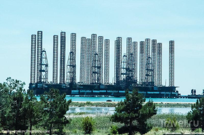 Древний Гобустан. Музей и тюрьма / Фото из Азербайджана