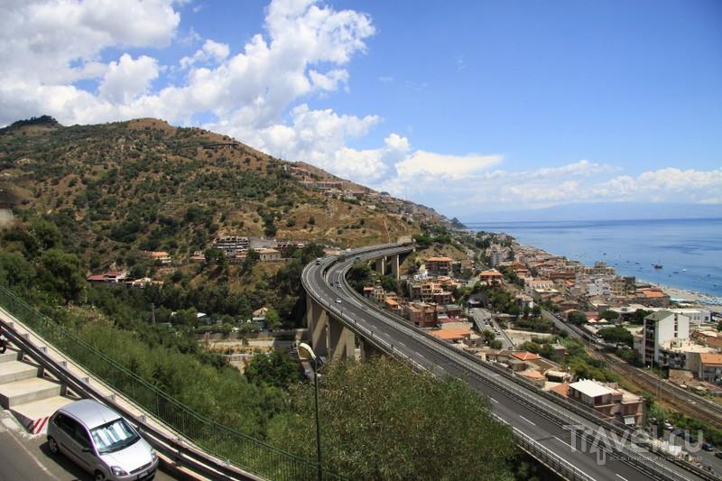 Сицилия близ Таормины / Италия