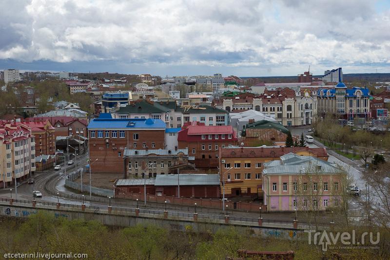 Набережная реки Ушайки и Пионерский переулок в Томске, Россия / Фото из России