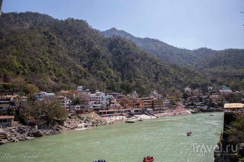 Река Ганга в Ришикеше, Индия / Фото из Индии