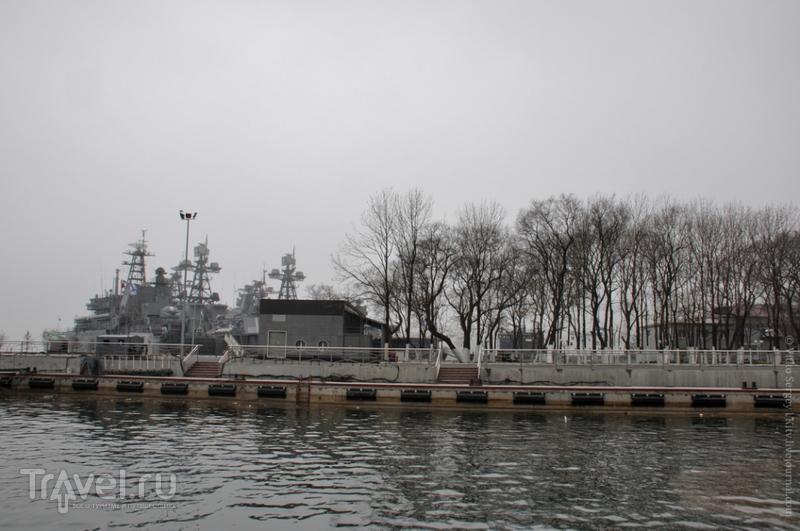 """Ракетный крейсер """"Варяг"""" во Владивостоке, Россия / Фото из России"""