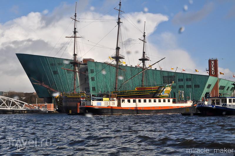 Научный музей NEMO в Амстердаме, Нидерланды / Фото из Нидерландов