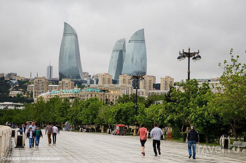 Флейм Тауэрс в Баку, Азербайджан / Фото из Азербайджана