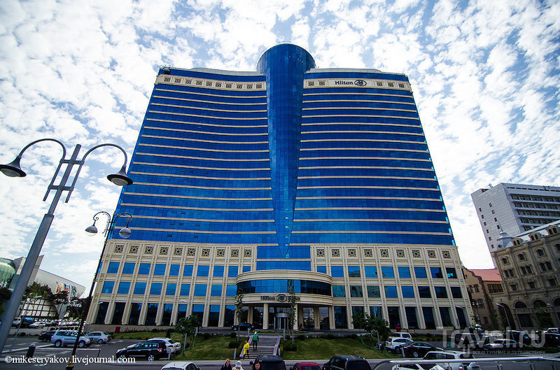 Здание отеля Hilton в Баку, Азербайджан / Фото из Азербайджана