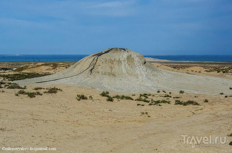 Грязевые вулканы Азебайджана / Фото из Азербайджана