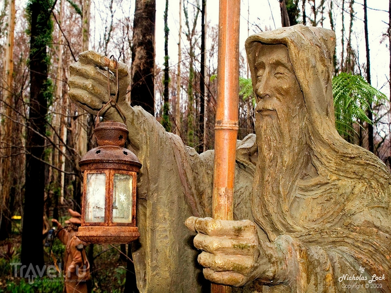СкаÐочные герои в саду скульптур Бруно Торфса продолжают существовать вне страниц книг, Австралия / Австралия