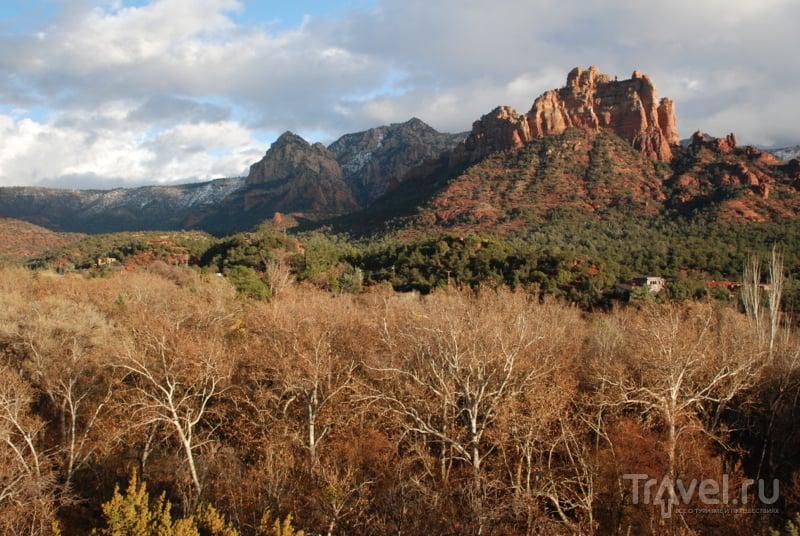 Красные скалы пустыни Мальборо и прогулка по вечерней Седоне / США