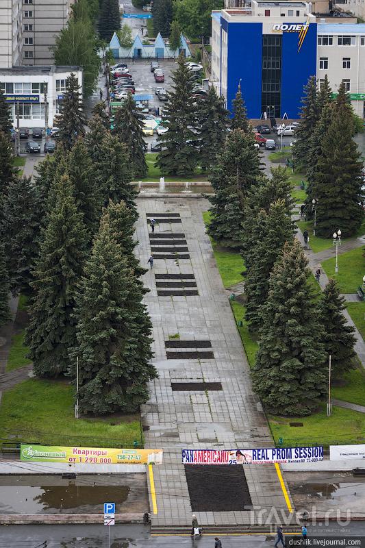 Сквер на улице Тернопольской в Челябинске, Россия / Фото из России