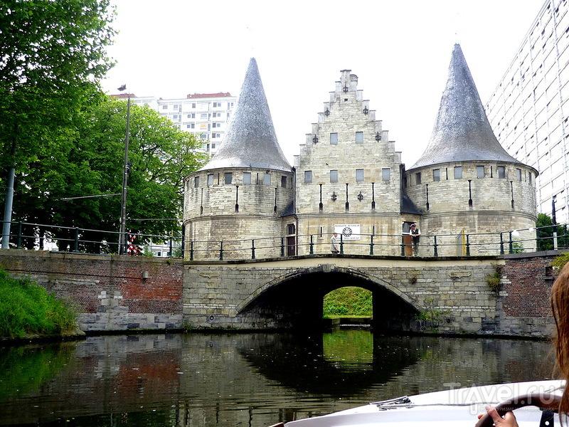 Фортификационная плотина Работ в Генте, Бельгия / Фото из Бельгии