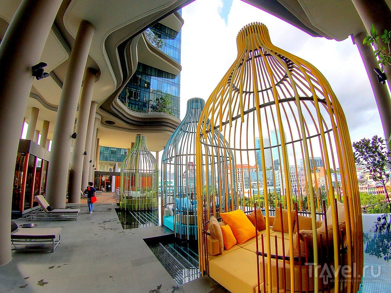 Интерьеры Parkroyal on Pickering были разработаны архитектурным бюро WOHA / Сингапур